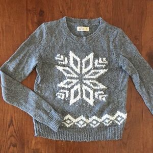Holllister Snowflake Sweater Gray